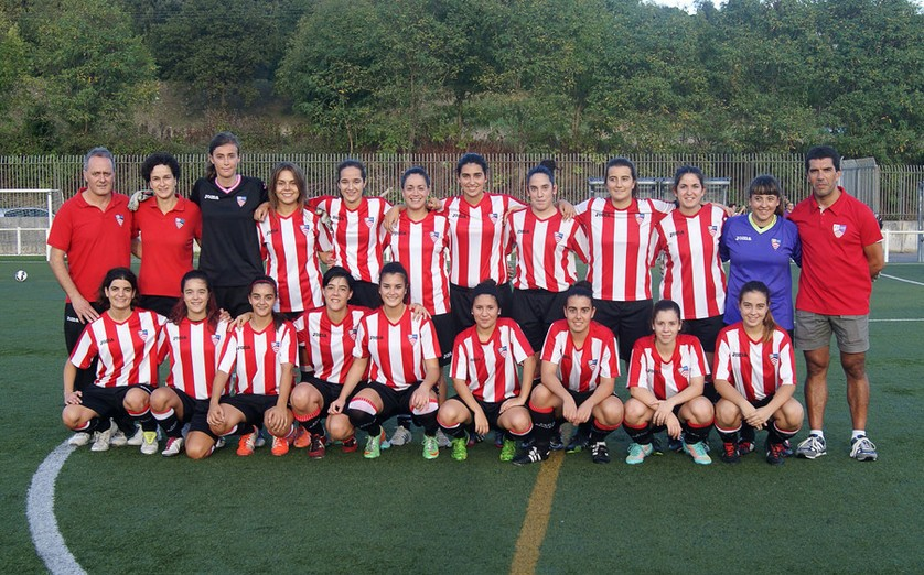 Foto de la plantilla del Peña Athletic Santurtzi Club de Fútbol
