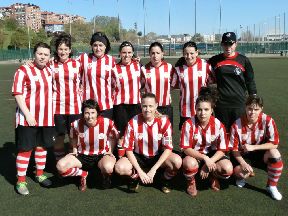 Foto de la plantilla del Peña Athletic Sestaotarra